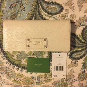Kate Spade Remy wallet